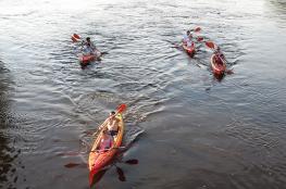 Burzenin Atrakcja Spływ kajakowy Kajakiem po Warcie