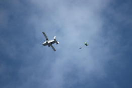 Piotrków Trybunalski Atrakcja Skok ze spadochronem Sky Force