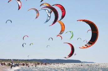 Chałupy Atrakcja Wypożyczalnia widnsurfingowa FunSurf