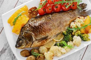 Kołobrzeg Restauracja Smażalnia ryb polska ryby i owoce morza Rewiński
