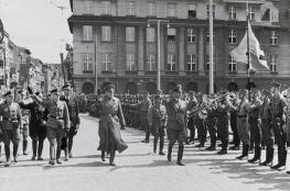 Toru Wydarzenie Kulturalne Biało-czarne. Toruń w cieniu swastyki (1939-1945)